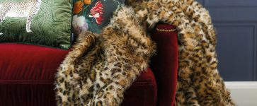 Win! Luxurious Faux Fur Throw